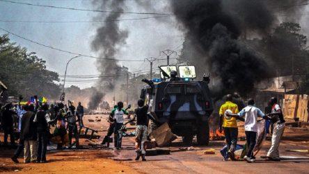 Orta Afrika'da silahlı gruplar bir kent daha ele geçirdi, Ruslar takviye gönderdi