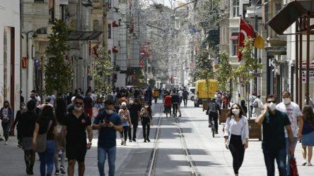 Türkiye'de bugün 226 kişi hayatını kaybetti, 32 bin 106 yeni vaka