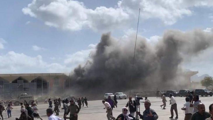 Yemen'de kabine üyelerinin uçaktan indiği sırada havalimanında patlama: Çok sayıda ölü ve yaralılar var
