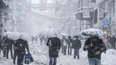 İstanbul'a yoğun kar yağışı uyarısı