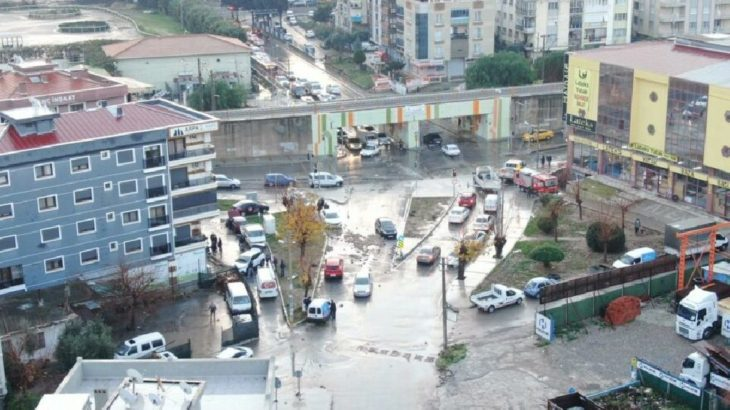 İzmir'deki selin boyutu sabah olunca ortaya çıktı