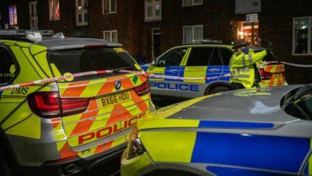 Londra'da 40 kişi arasında 'kılıçlı' kavga