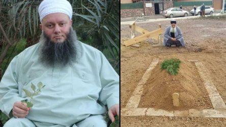 Konut arazisine gömülen tarikat şeyhinin mezarının mezarlığa taşınmasına müritlerinden tepki
