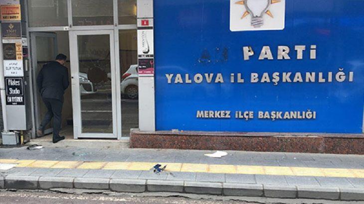 Yalova AKP İl Binasına saldırı