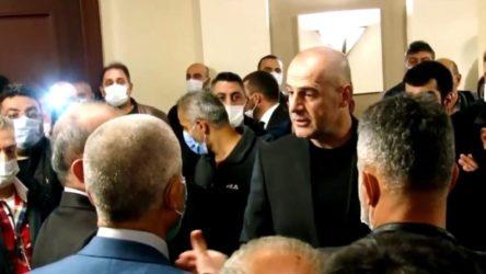 AKP'nin Trabzon seçimleri karıştı: Polis toplantıyı bastı