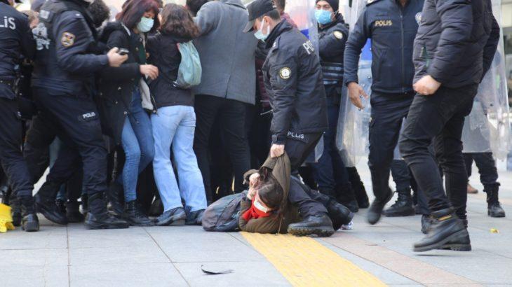 Ankara'da Melih Bulu eylemine polis müdahalesi: 30 gözaltı