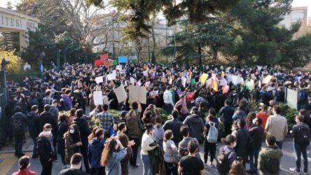 AKP'li rektör Melih Bulu protestolarına Valilik engeli: Toplantı, gösteri ve yürüyüşler yasaklandı