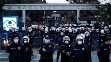 Öğrencilerin evlerine bugün de sabaha karşı baskın! Gözaltılar var