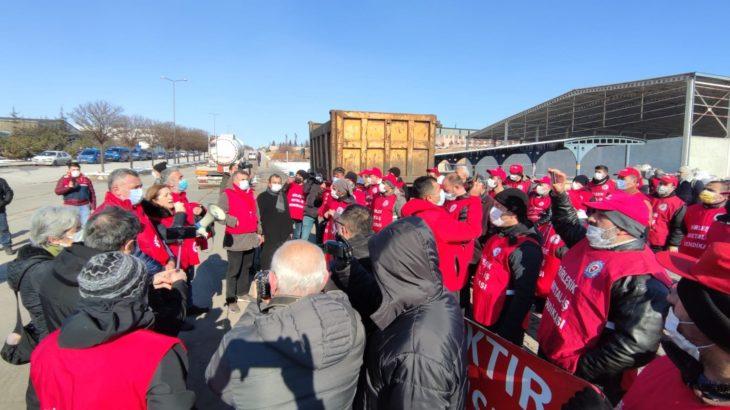 Ekmekçioğlu Metal işçileri direnişin 43'üncü gününde Ankara'ya gidiyor