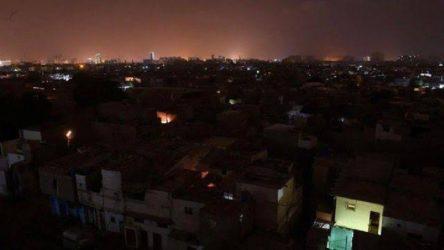 Pakistan ve Vatikan karanlığa gömüldü