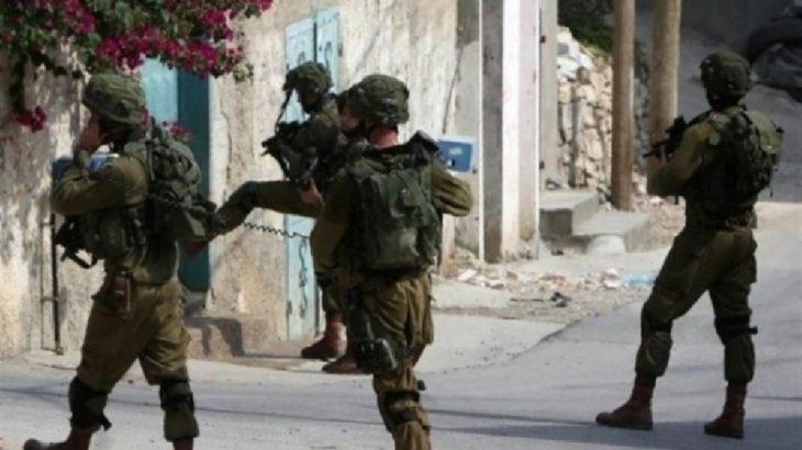 İsrail askerlerinden Ramallah'taki barışçıl gösterilere sert müdahale