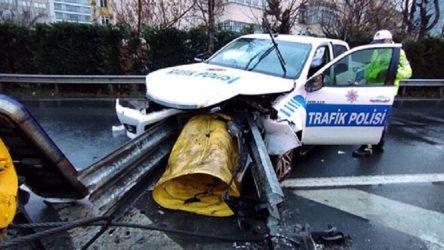 Şişli'de polis aracı bariyere girdi