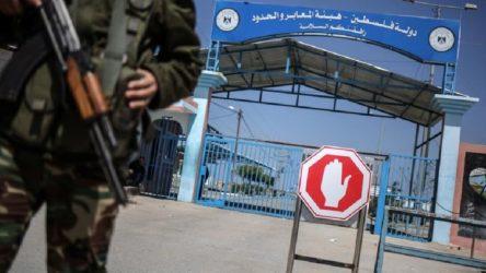 İsrail 'mutasyonlu virüs' sebebiyle kapılarını kapatıyor