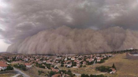 Meteoroloji'den İç Anadolu için toz fırtınası uyarısı