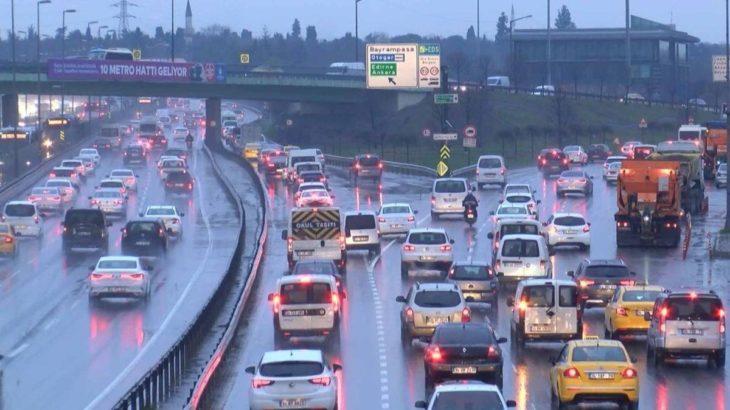 İstanbul'da kar şiddetini artırdı: Trafik yüzde 74