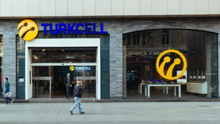 Ziraat'in Virgin Adaları'nda 1.6 milyar dolar kredi verdiği firma Turkcell'miş