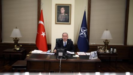 Akar, NATO Savunma Bakanları Toplantısı'na katıldı