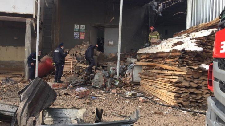 Bursa'da mobilya fabrikasında patlama: 1 işçi yaşamını yitirdi 4'ü ağır 6 yaralı