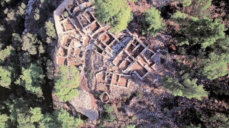 3 bin 500 yıllık Pedasa Antik Kenti'ni talan ettiler