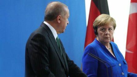Erdoğan'dan Merkel'le AB görüşmesi