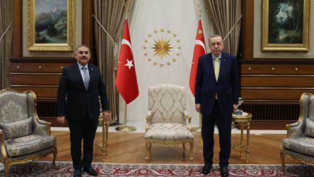 Erdoğan, 3 Rektörle Külliye'de görüştü