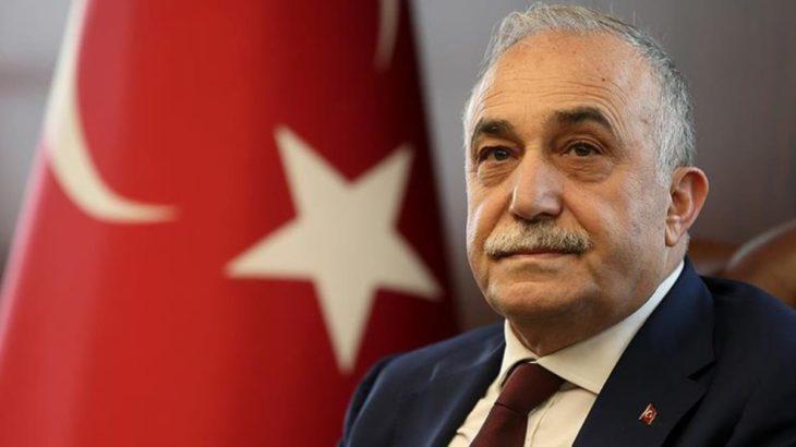 Eski AKP'li bakan istifa mı etti?