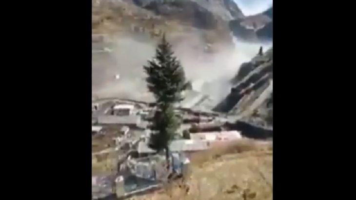 Himalayalar'da buzul koptu, Hindistan'da sel felaketi yaşanıyor