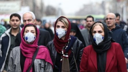 İran Sağlık Bakanı: Mutasyonlu virüs neredeyse tüm ülkeye yayıldı