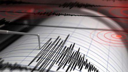 Yunanistan'da 6,2 büyüklüğünde deprem!