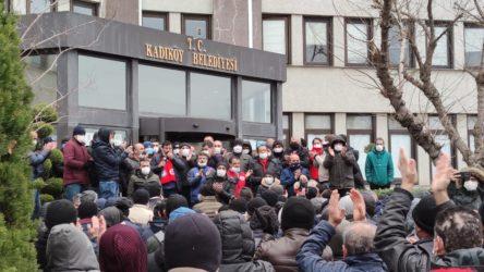 Kadıköy Belediyesi işçileri grevde: Sendika, işçilerden habersiz belediye ile imza masasına oturdu