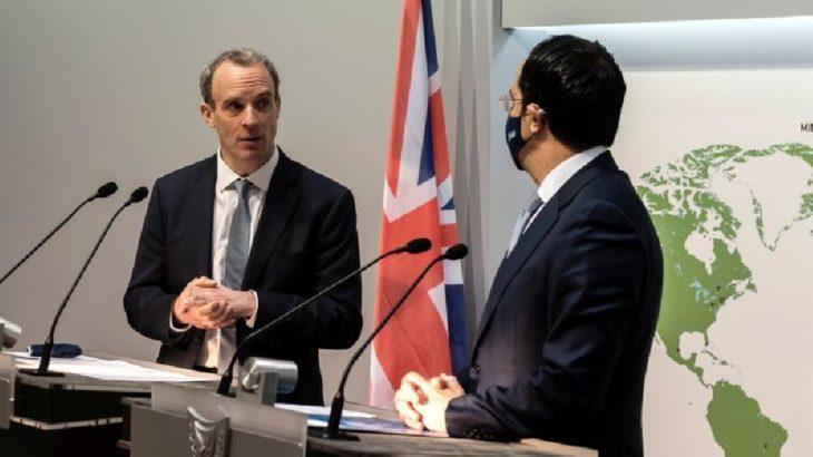 İngiltere Dışişleri Bakanı Kıbrıs'ta