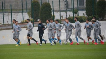 Trabzonspor'da 3 futbolcuda korona çıktı