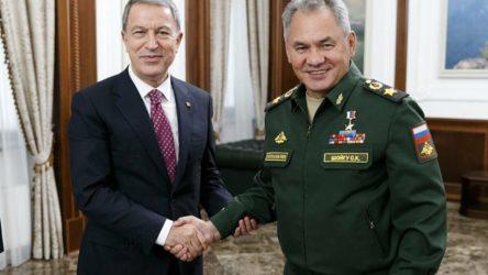Şoygu: Türkiye'nin NATO ülkesi olması ilişkilerimizde engel