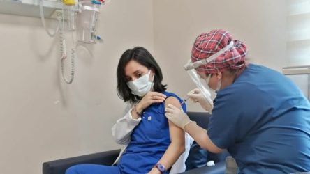 Türkiye'de koronavirüs aşısı olanların sayısı açıklandı