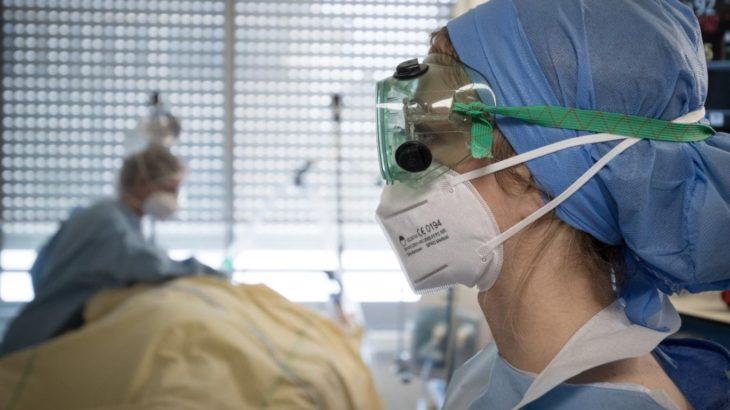 Fransa'da koronavirüsün yeni bir mutasyonu ortaya çıktı