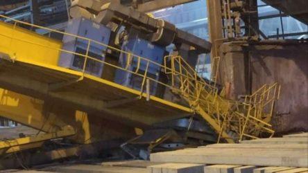 İş cinayeti: Halatı kopan vinç kolunun altında kalan işçi yaşamını yitirdi