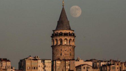 Mülkiyeti İBB'de olan Galata Kulesi, Kule-i Zemin Vakfı'na devredildi