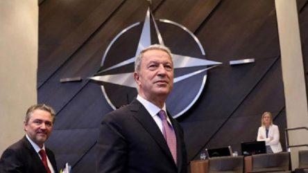 Akar: ABD, YPG ile değil Türkiye ile işbirliği yapmalı