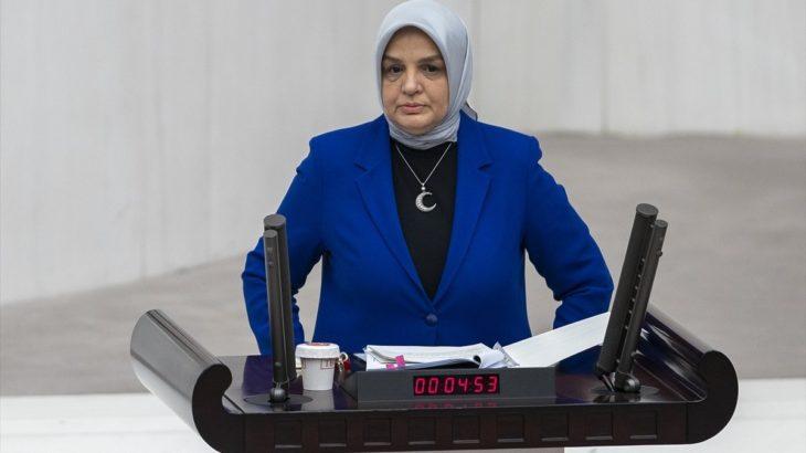 AKP'nin yeni Kadın Kolları Başkanı, tecavüzlere af getireceği endişesi yaratan yasa teklifinin savunucusuymuş!