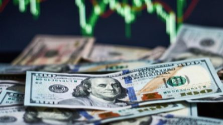 Dolar güne yüksekten başladı: 8,78 TL