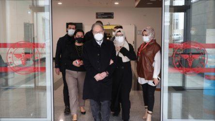 Covid-19 tedavisi gören Diyanet İşleri Başkanı Erbaş, taburcu edildi