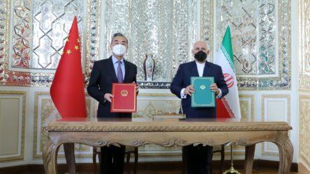 Çin ve İran arasında 25 yıllık iş birliği anlaşması