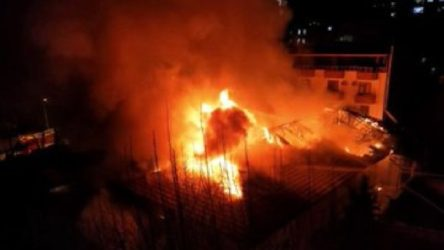 Maraş'ta kışlada yangın