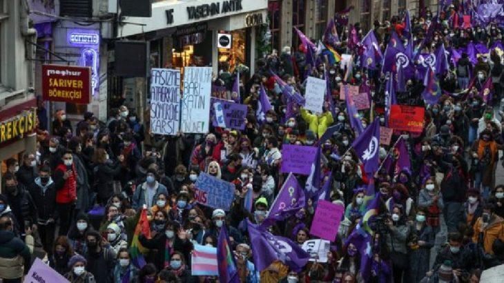 8 Mart yürüyüşünde gözaltı gerekçesi: Eylemlerde zıplamak