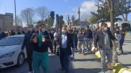 Cerrahpaşa'da sağlık işçileri düşük ücret zamlarına karşı eylem yaptı