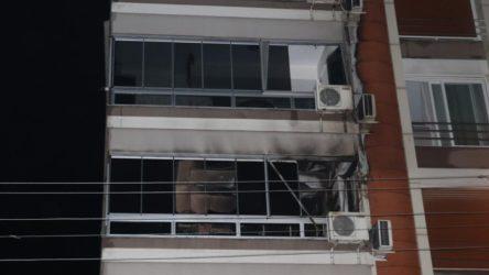 İzmir'de yangın, belediye başkanı hastaneye kaldırıldı