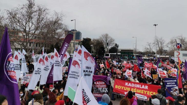 Kadınlardan ortak eylem çağrısı: Kararı geri çek, sözleşmeyi uygula