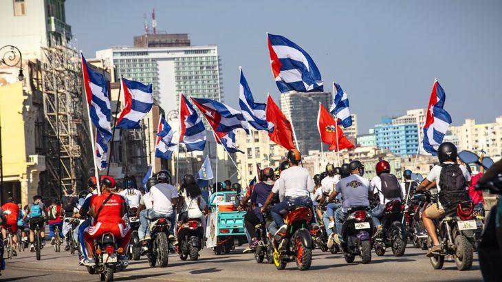 Küba halkından ambargo protestosu