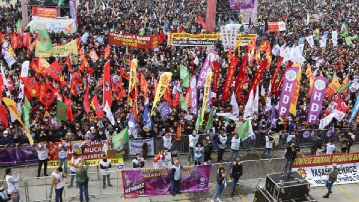 İstanbul'da Newroz'da çok sayıda kişi gözaltına alındı