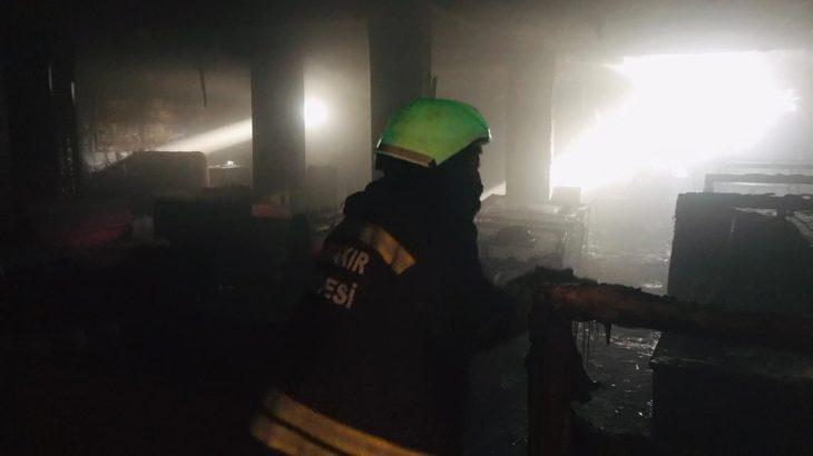 Diyarbakır'da gece kulübü yandı